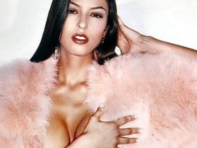 Top 10 sexy Premier League WAGS - Sara Tommasi