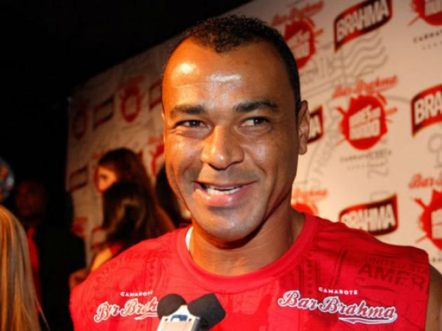 Brazil great Cafu helps slum kids chase their dreams