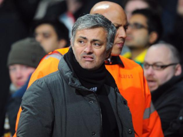 Real Madrid meet Mourinho as exit speculation grows