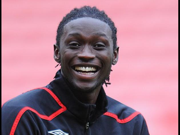 Stoke in talks with Kenwyne Jones