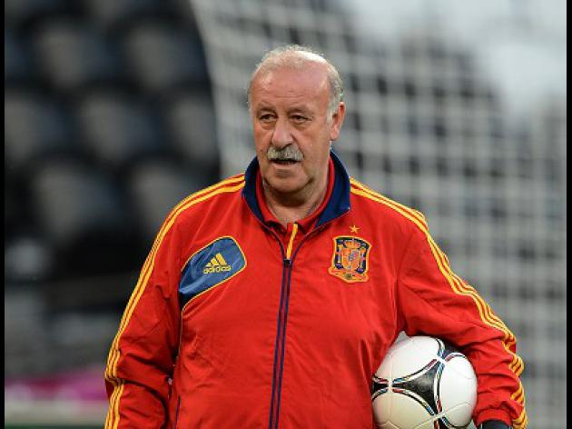 Del Bosque concerned about striker options