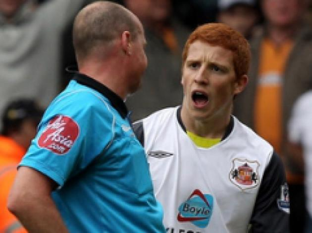 Colback keen to put red card behind him
