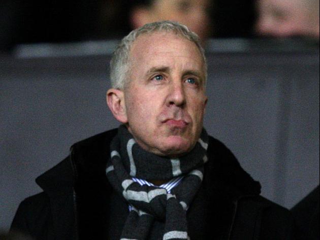 Lerner puts Villa up for sale