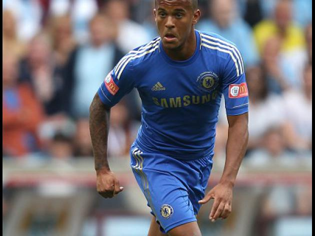 Chelsea confirm long-term Bertrand deal
