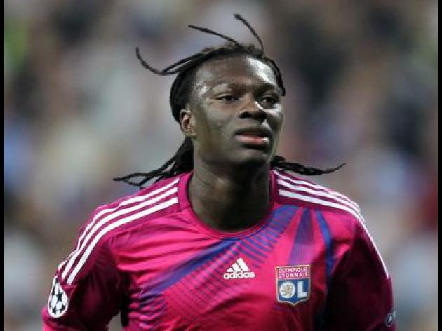 Lyon reject Magpies offer for Gomis
