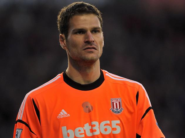 Stoke will not sell keeper Asmir Begovic in January says Pulis
