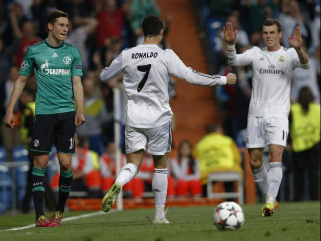 Ronaldo double seals Real Madrids place in last eight