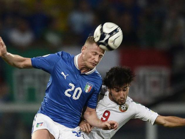 Italy lose Abate, Antonelli to injury