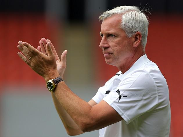Pardew says Newcastle 'still in the market'