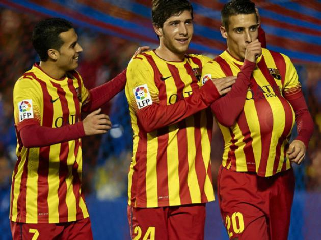 Tello hat-trick puts Barca on brink of Cup semis