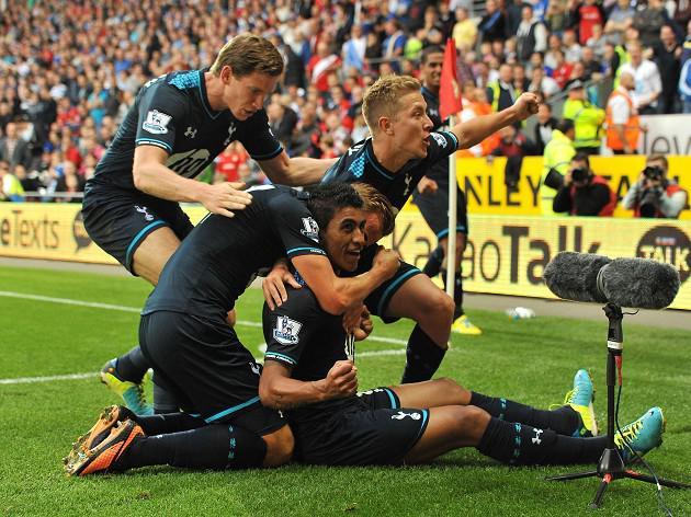 Last-gasp Paulinho goal stuns Cardiff