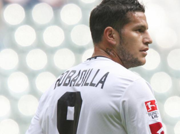 Augsburg sign Argentine bad-boy Bobadilla