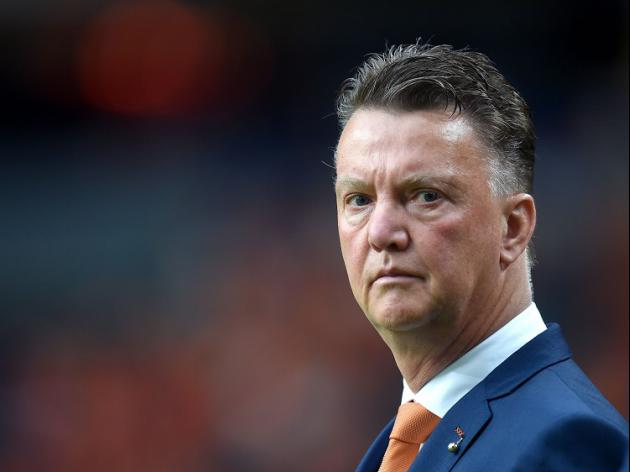 Van Gaal hailed by press for masterstroke