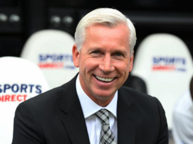 Newcastle V Norwich At St James' Park : LIVE