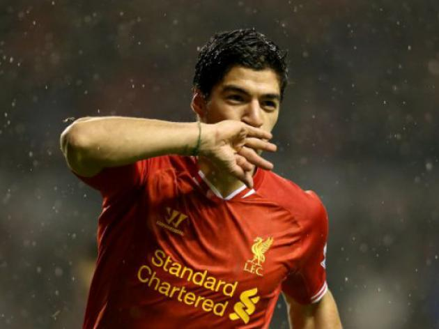 Liverpool's Luis Suarez wins FTBpro PFA Fans' Player of the Month award for January 2014