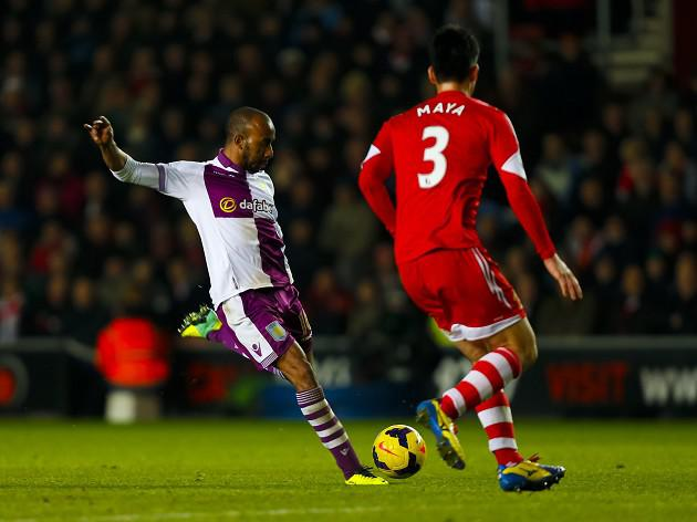 Delph wins thriller for Villa