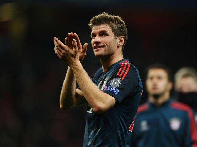Lahm, Muller extend Bayern deals