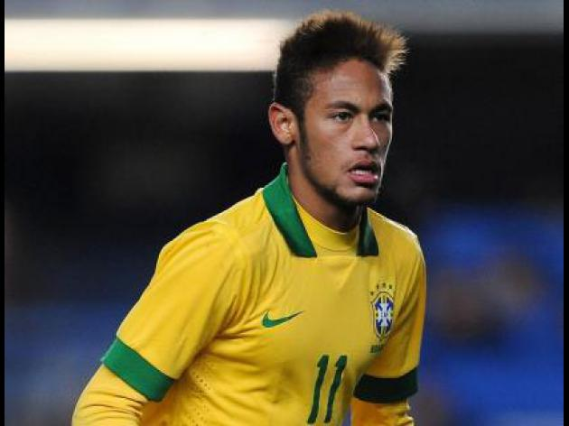Neymar set to arrive in Barcelona on Monday
