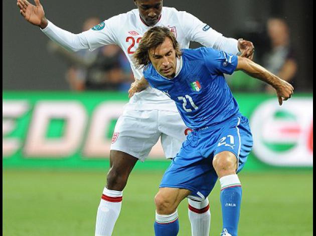 Prandelli hails star turn Pirlo