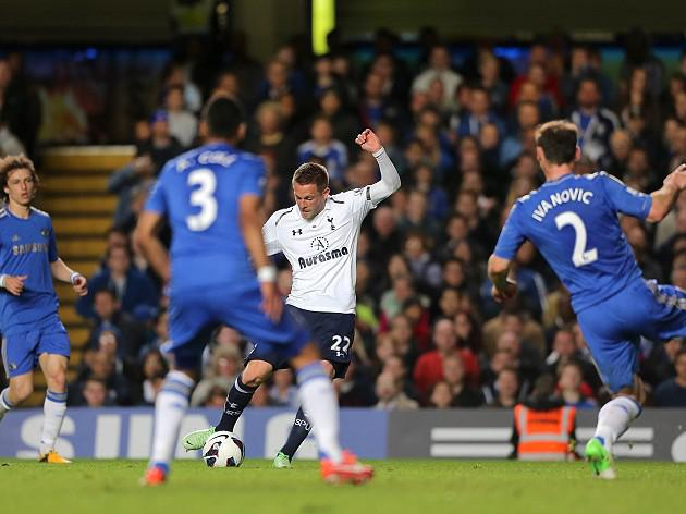 Sigurdsson salvages point for Spurs