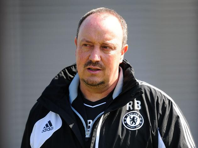 Benitez keeps counsel over Mourinho