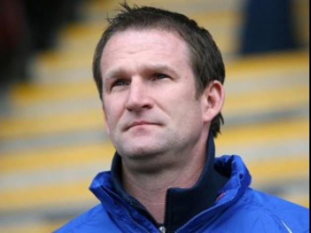 Leeds boss eyes Wembley final date
