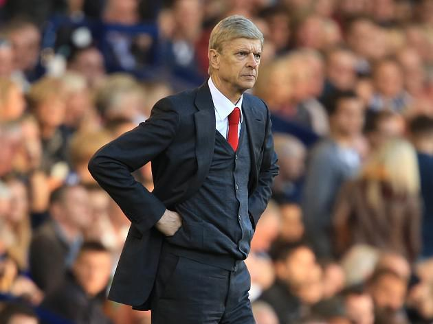 Wenger in no rush to sign new deal