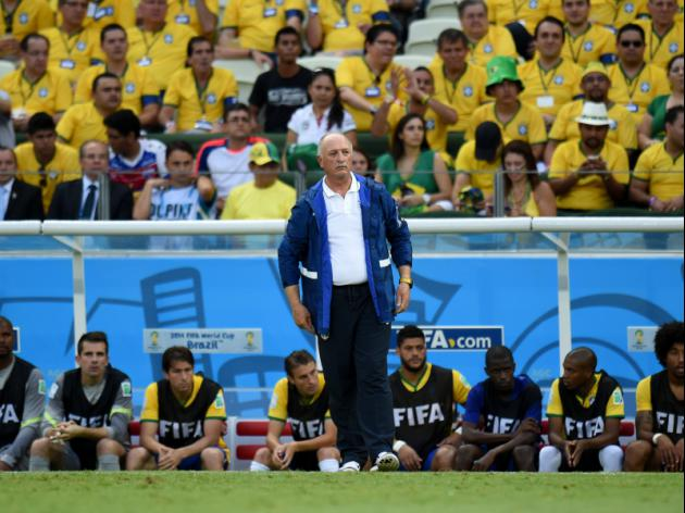 Scolari keeps faith, hits back at Van Gaal claims