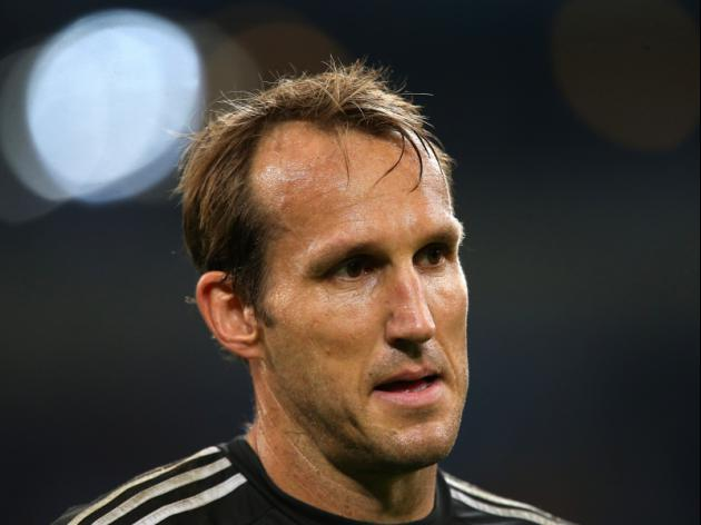 Schwarzer set to re-sign with Chelsea