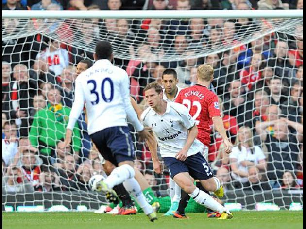 Spurs secure rare Old Trafford victory