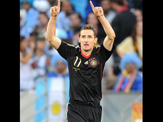 Klose keen to keep focus on team