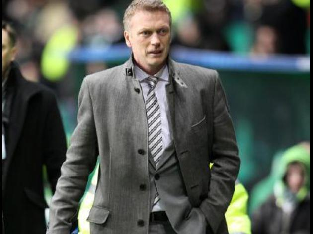 Moyes silent over Toffees future