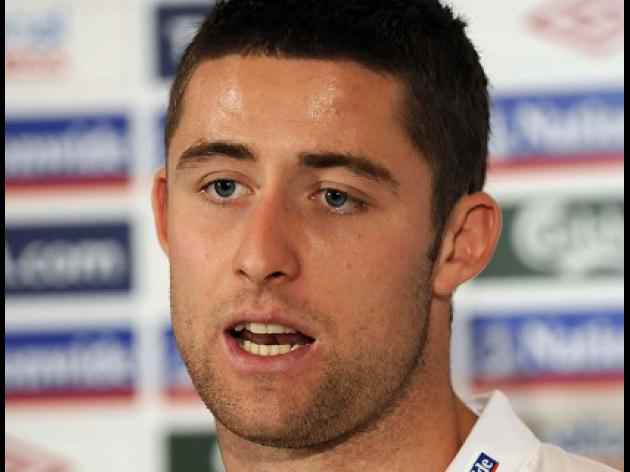 Gary Cahill suffers blood clot