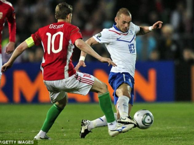 Manchester United eye 40m Wesley Sneijder