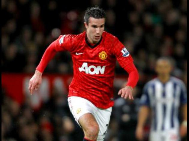 Van Persie vital for title - Wenger