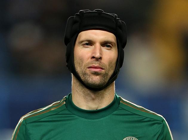 Cech wants more glory with Mourinho