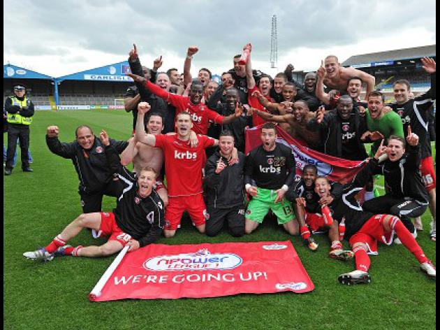 Charlton clinch promotion
