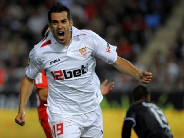 Negredo spot-kick gives Sevilla first away win