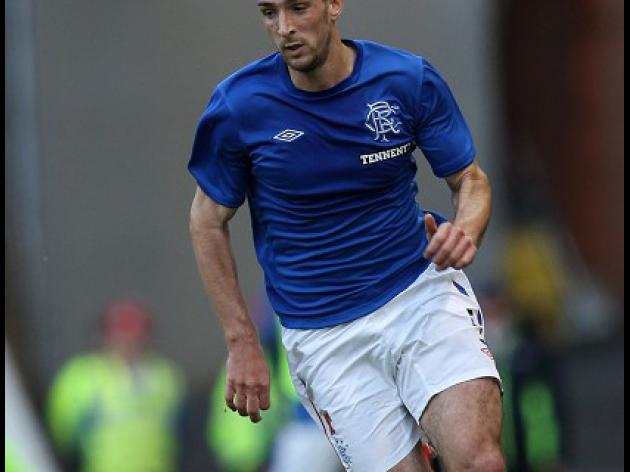 Wallace pens long-term Rangers deal