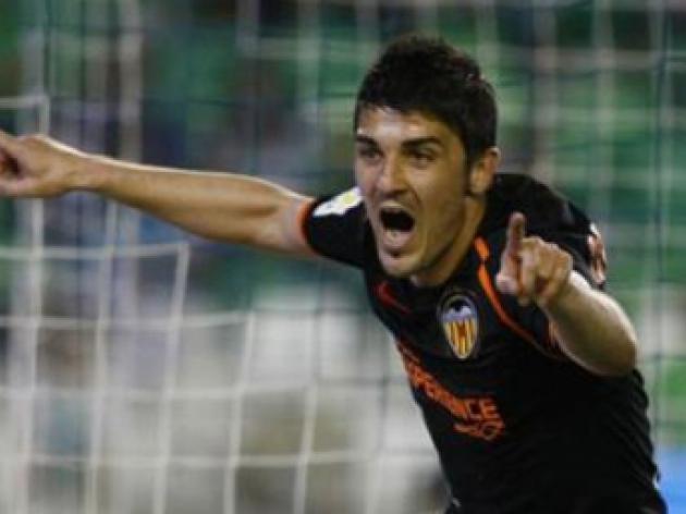 Manchester United target  45m David Villa