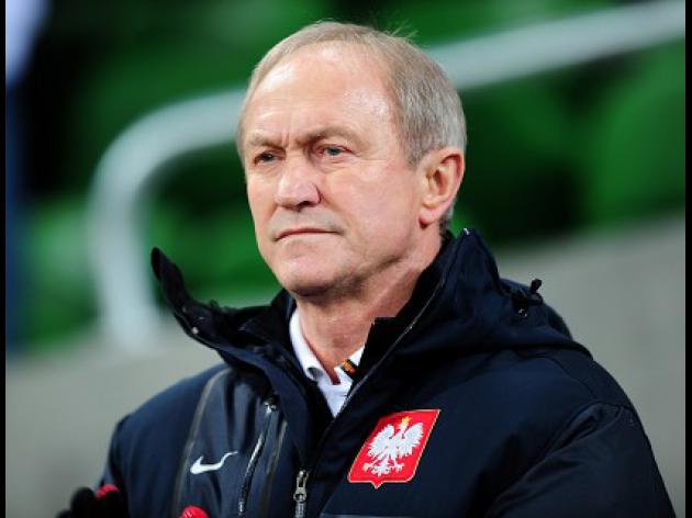 Beaten Poland coach calls it a day