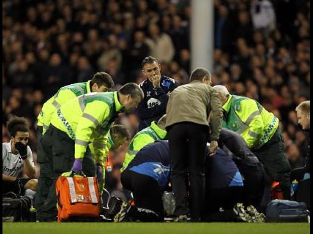 Muamba rushed to hospital after collapse