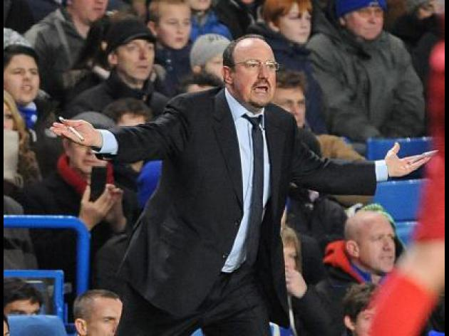 Chelsea boss Benitez should be counting his days at Chelsea