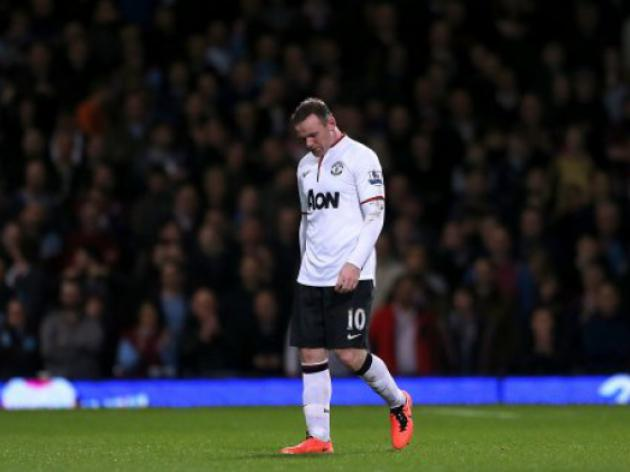Manchester United's Wayne Rooney attracting interest from Chelsea and PSG