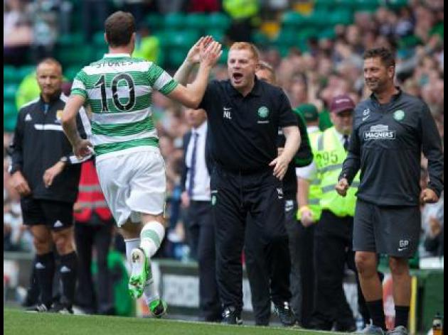 Stokes strikes late to seal Celtic win