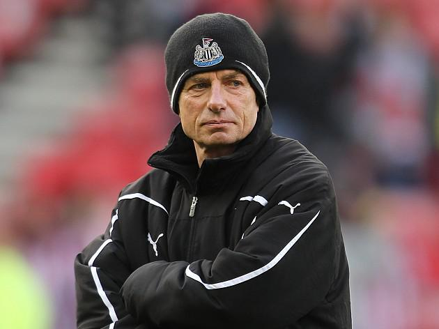Newcastle suspend coach Donachie