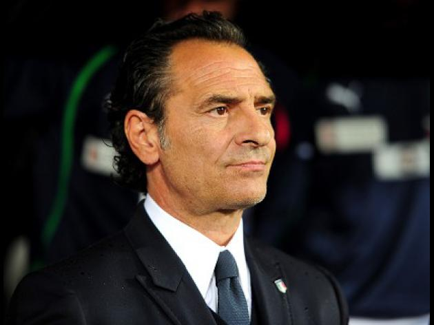 Italy not leaving Brazil, says Prandelli