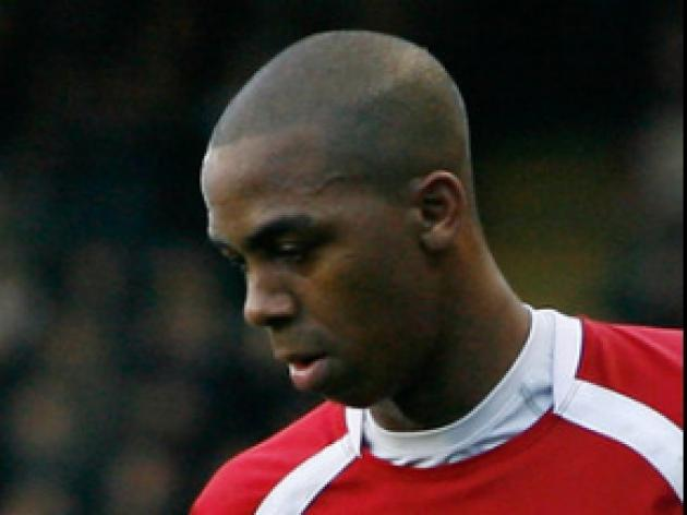 Byfield signs Saddlers extension
