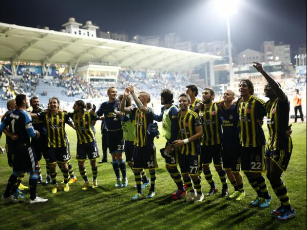 Fenerbahce clinch Turkish title