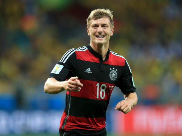 Manchester United turn down Kroos, make bids for Di Maria and Rodriguez